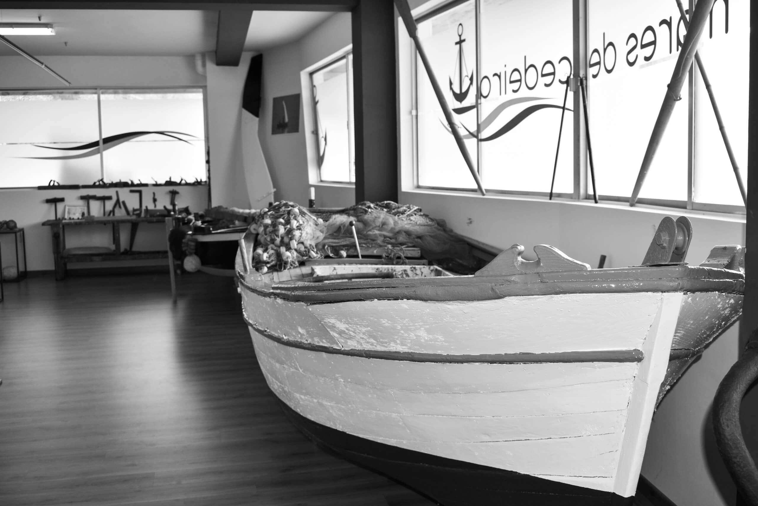 Embarcaciones tradicionales gallegas en Blanco y Negro - Museo Mares de Cedeira